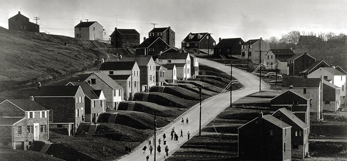 Clyde Hare (American, 1927–2009). Housing development on William Penn Highway, east of Wilkinsburg, December 1951. Gelatin silver print, printed 1997. Carnegie Museum of Art, Gift of the Artist. © 2017 Carnegie Library of Pittsburgh