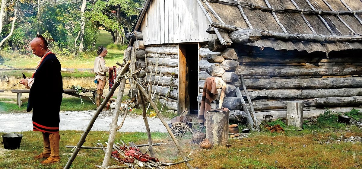 In Meadowcroft's 18th century frontier trading post, 1770s-era structures help to spotlight the similarities and differences between European settlers and Eastern Woodland Indians.