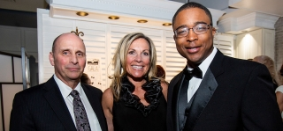 Black & White Gala Raises $165,000 for Family House